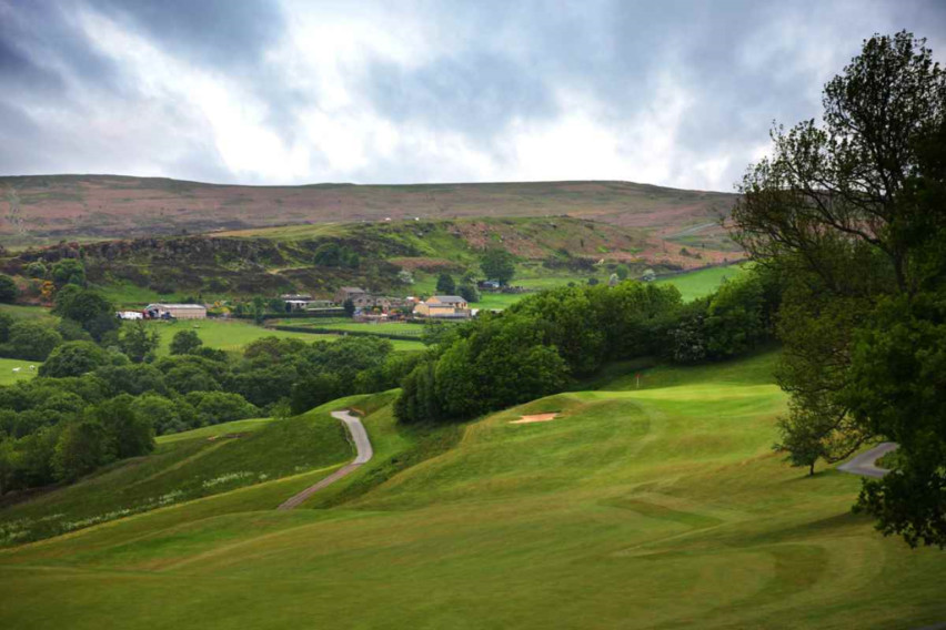 Book A Golf Break To Marriott Hollins Hall West Yorkshire