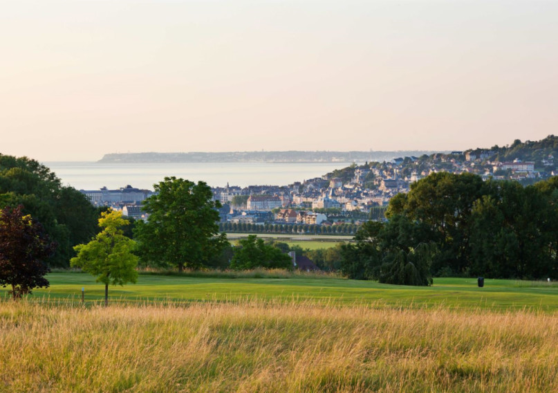 Book A Golf Holiday To Hotel Barri U00e8re L U0026 39 H U00f4tel Du Golf Deauville  Normandy
