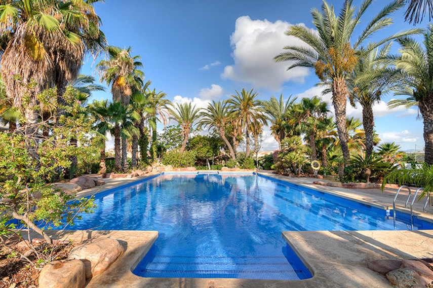 Hotel alicante golf alicante book a golf holiday or - Hotels in alicante with swimming pool ...