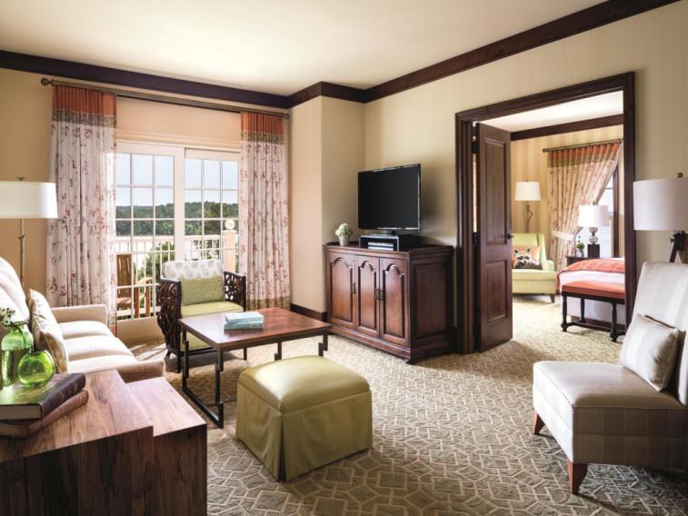 oconee chat rooms Our best hotels in lake oconee ga find deals, aaa/senior/aarp/military discounts, and phone #'s for cheap lake oconee georgia hotel & motel rooms.