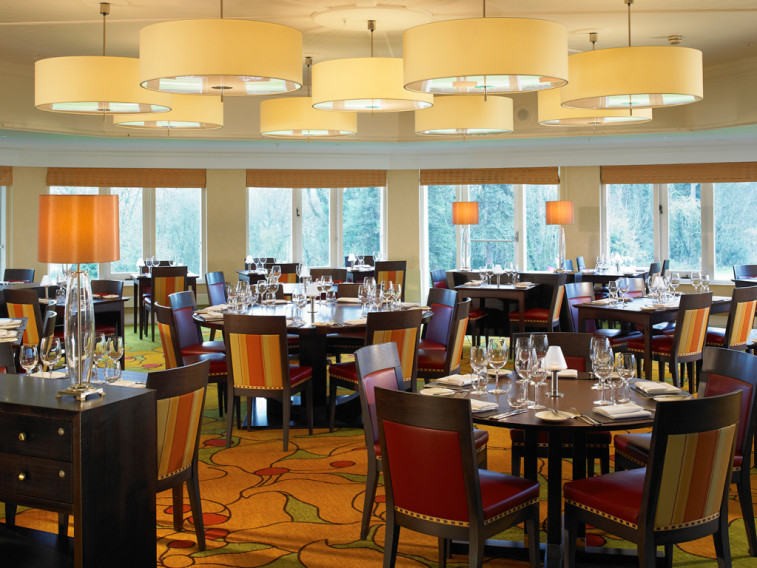 Book a golf break to Marriott St Pierre Hotel, Newport