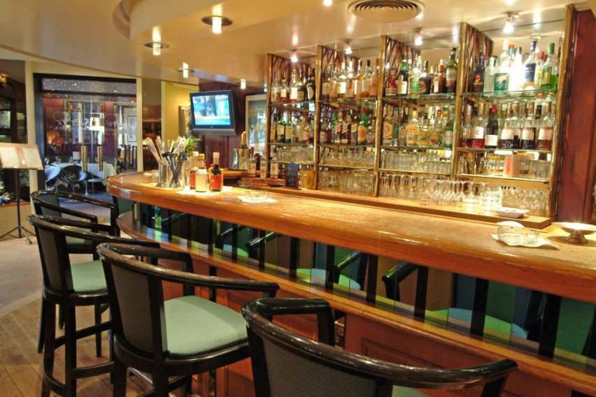 Dieppe France Hotels The Bar at Hotel de Dieppe