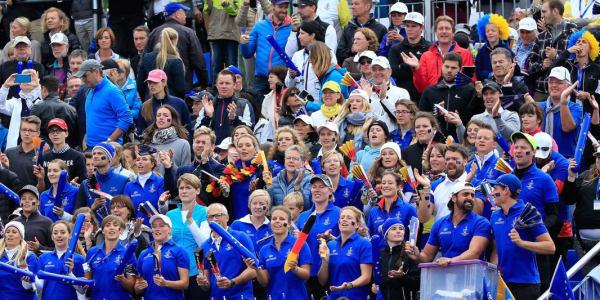 Buntes Publikum beim Solheim Cup 2015: Eine wahre Verjüngungskur! (Foto: Getty)