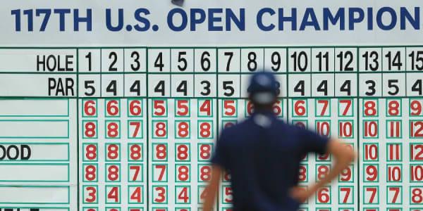 Mit einer herausragenden Leistung sichert sich Brooks Koepka den Sieg bei der US Open 2017. (Foto: Getty)