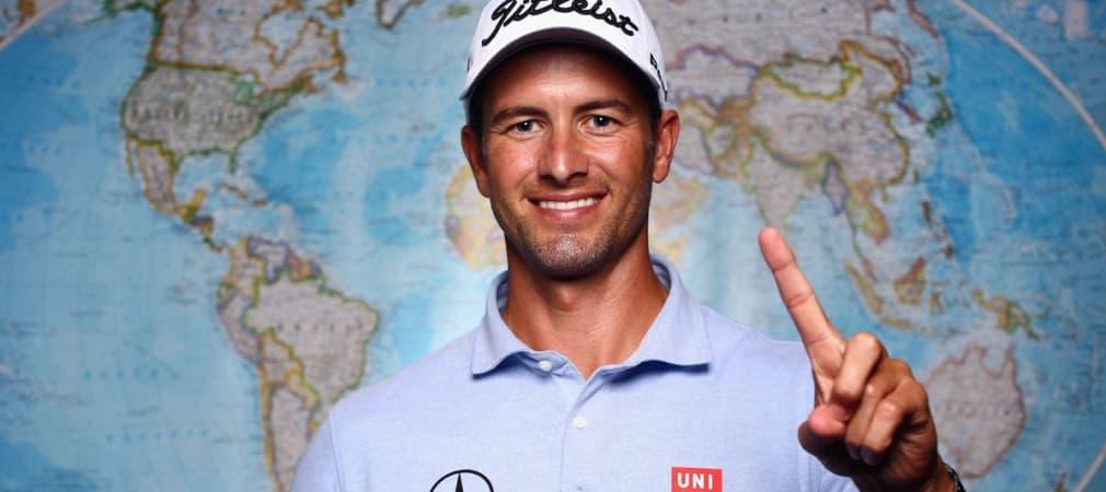 Adam Scott ist nicht nur professioneller Golfer und Masters-Champion, der Australier ist auch ein passabler Wellenreiter. (Foto: Getty)