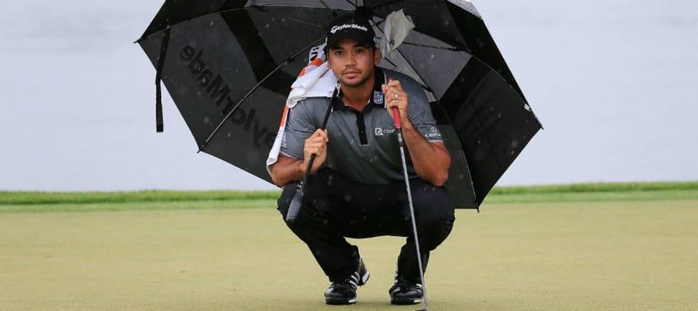 Schutz vor Regen ist da, aber Jason Day muss sich beim Arnold Palmer Invitational vor allem gegen die starke Konkurrenz um den Sieg schützen. (Foto: Getty)