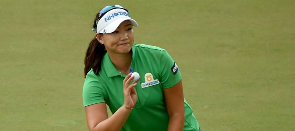 Mirim Lee freut sich an Loch 18 über einen gelungenen zweiten Tag bei der HSBC Women's Championship in Singapur. (Foto: Getty)