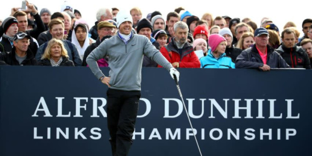 Fleetwood shares lead after record Carnoustie round
