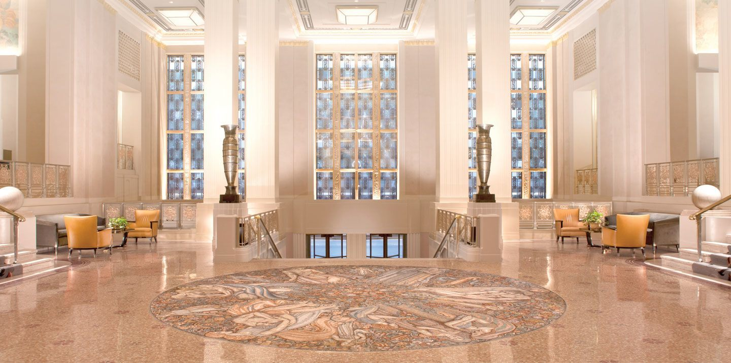 Hilton_New-York-Hotel_World-Famous-Luxury-Manhattan-Hotel