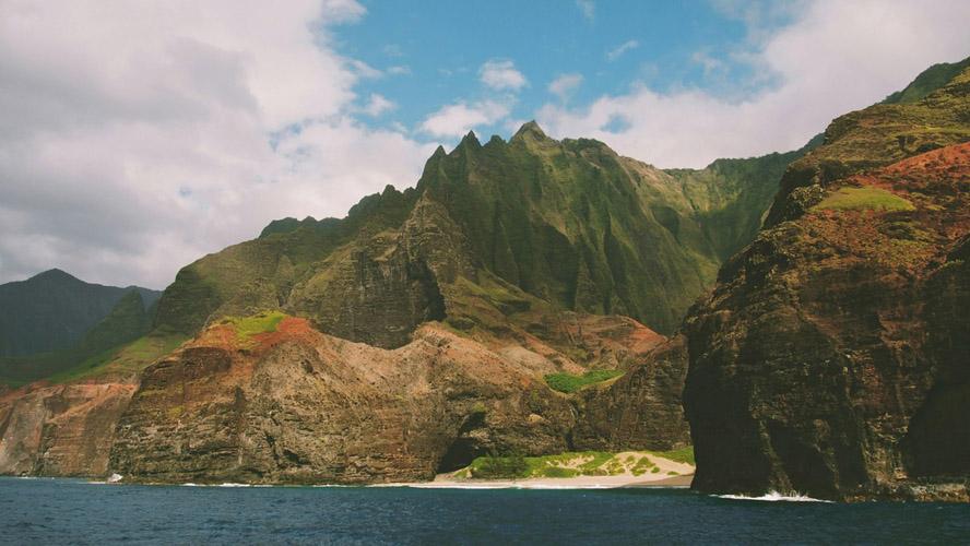 Travelocity_Hawaii-Hotel_Oahu-Hotel-Deals-Through-Winter