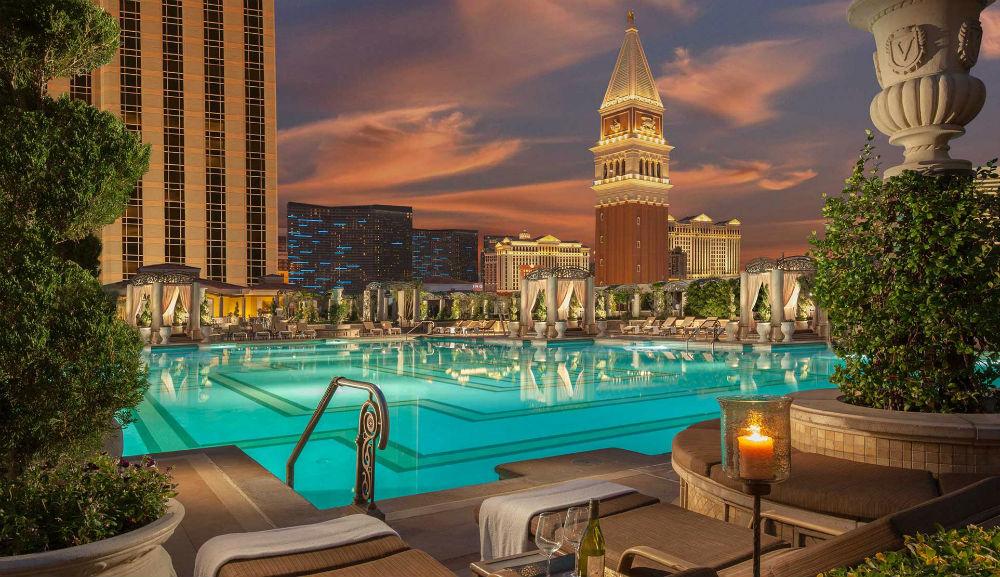 The-Venetian_Las-Vegas-Hotel_Suites-at-Luxury-Resort-on-the-Vegas-Strip