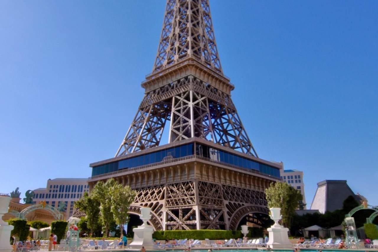 Caesars-Entertainment_Las-Vegas-Hotel_4-Diamond-Paris-Las-Vegas-Semi-Annual-Sale