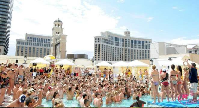 Caesars-Entertainment_Las-Vegas-Hotel_Planet-Hollywood-Las-Vegas-Hot-Rates-