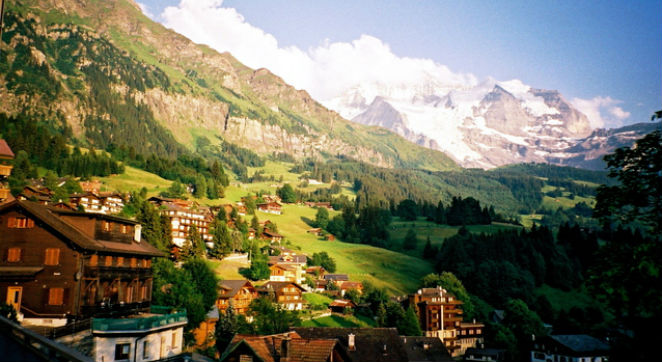United-Airlines_Europe-Vacations_Switzerland/Italy-Package,-Incl-R/T-Air