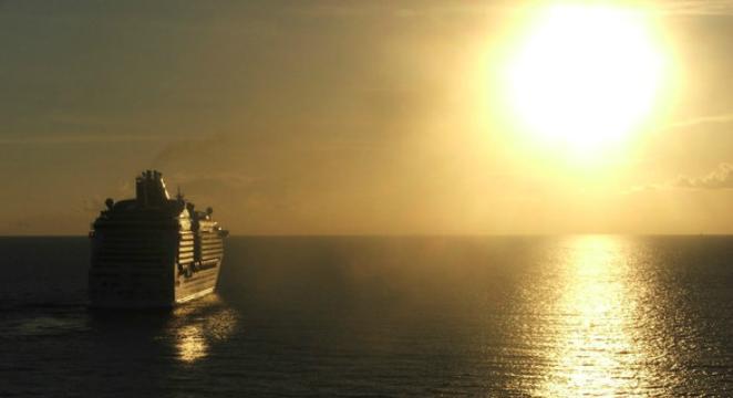 Orbitz_Alaska-Cruise_$799-Balcony-on-Alaska-Summer-Cruise