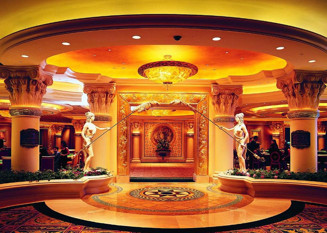 Caesars-Entertainment_Las-Vegas-Hotel_Caesars-Palace-50th-Anniversary-Sale