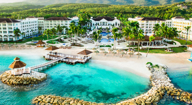 bookit.com_Caribbean-Hotel_Caribbean-Winter-Escapes-up-to-60%-OFF