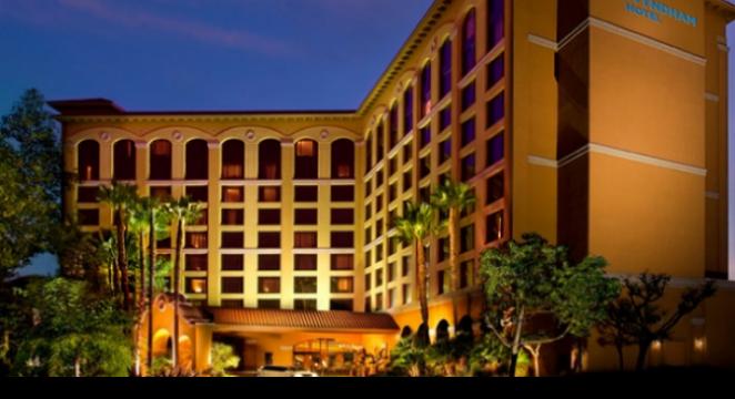 Groupon-Getaways_Family-&-Theme-Park-Hotel_4-Star-Wyndham-Hotel-Near-Disneyland-44%-OP)FF
