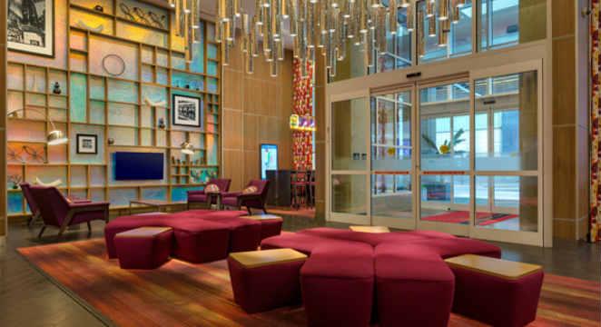 Hilton_New-York-Hotel_Hilton-NYC-Hotel-Deals-+-$100-AMEX-Gift-Card