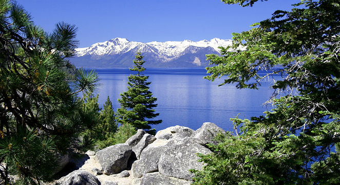 Groupon-Getaways_Family-&-Theme-Park-Hotel_Lake-Tahoe-2-Bedroom-Condos-at-44%-OFF