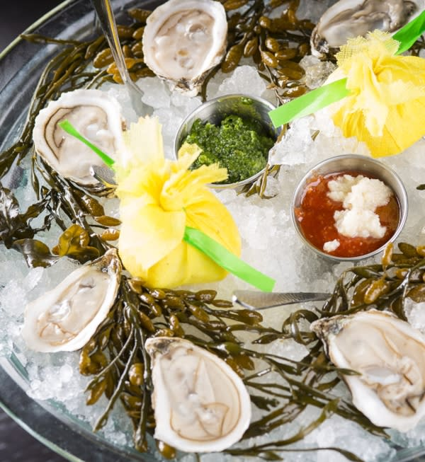 Victory Meat & Seafood - Chilled Clams