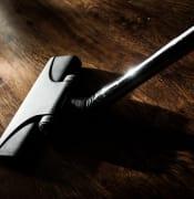 vacuum cleaner 268161 640