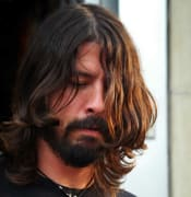 dave grohl 2 dc.jpg