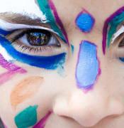 makeup-1909386_640.jpg