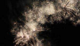 fireworks-143401_960_720.jpg
