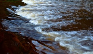 water-84427_640.jpg