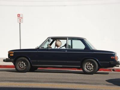 vintage-car-1149230_640.jpg