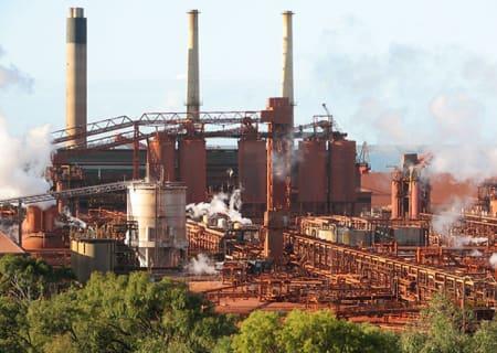 Qld_Alumina_Refinery_QAL_2008.jpg