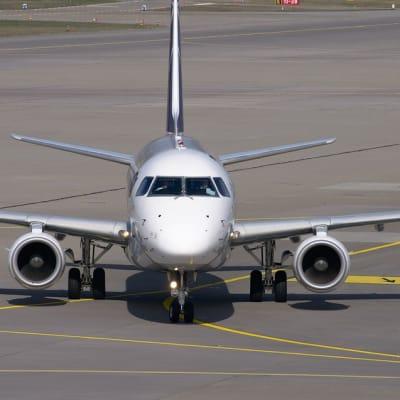aircraft 2152714 960 720