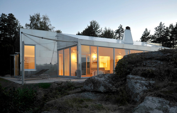Aluminum Cabin. Credit: http://smallhouseswoon.com/