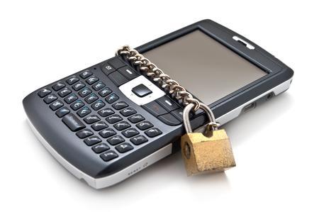 come bloccare lo smartphone attraverso il codice IMEI