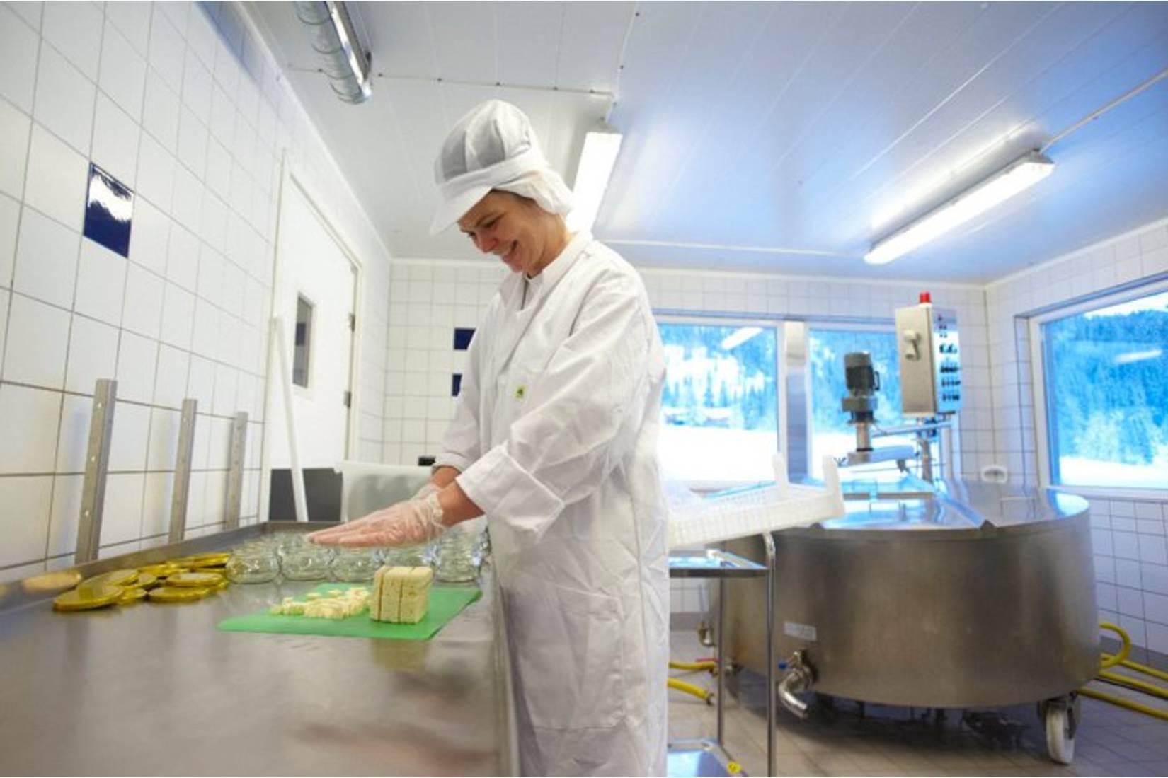 Straumbotn Gård - Småskalaproduksjon med masse kjærlighet.