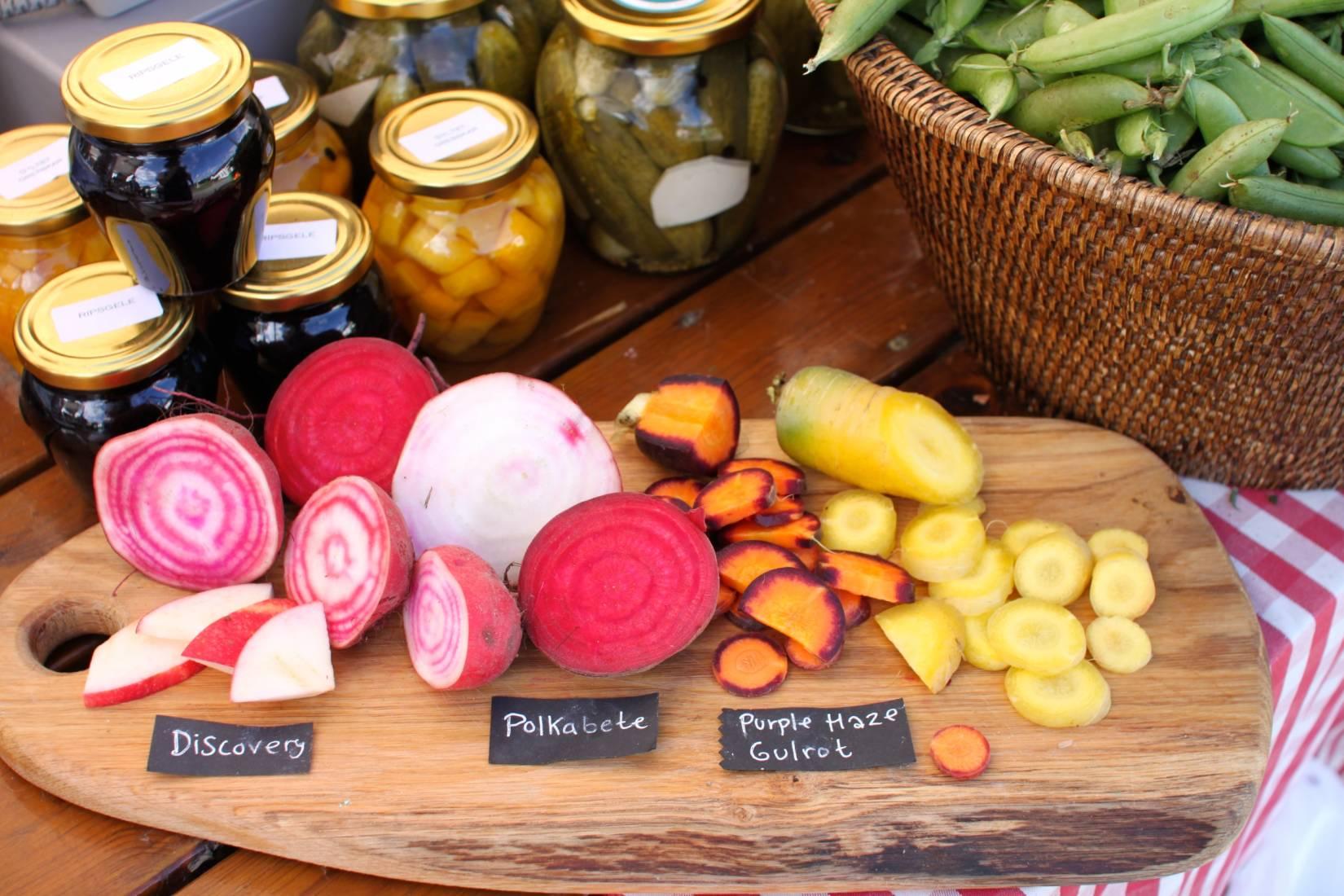 Vi er ofte å finne på bondens marked i Kragerø, Arendal og Kristiansand