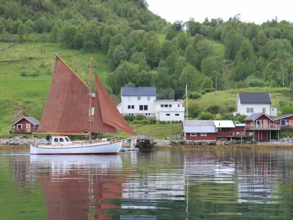 Elvegård Hytteutleie og Fiskeferie