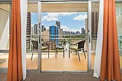 Ilikai Hotel City 1BD on the 10th Floor A