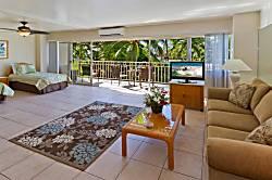 Waikiki Shore Ocean 1BD on the 2nd Floor