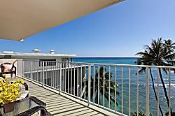 Diamond Head Beach Hotel 701