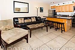 Waikiki Banyan Tower 1 Suite 2112