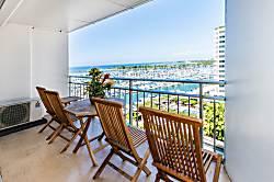 Ilikai Hotel Ocean-Marina King 1 BDR on the 10th F
