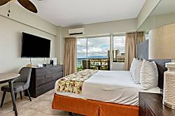 Waikiki Shore 1114