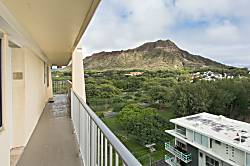 Diamond Head Beach Hotel 1104