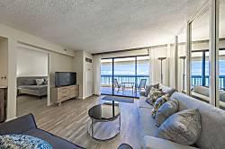 Waikiki Beach Tower 1003