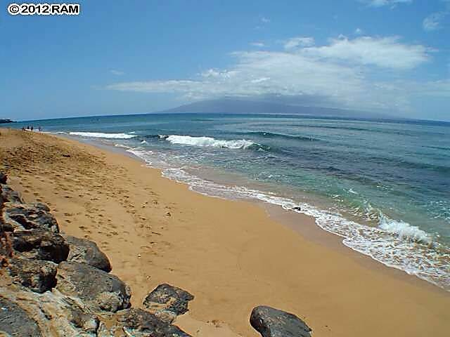Maui Kai 904