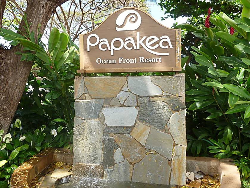 Papakea Oceanfront Resort