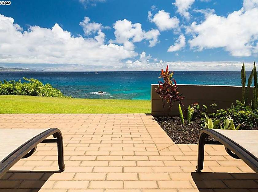 Kapalua Bay Villa 21G4 Gold Beach Front