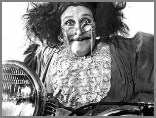 Aunty Jack & The 'Gong